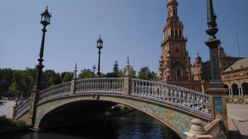 pont-place-espagne
